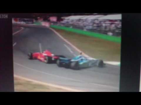Der Crash von 1996 zwischen Martin Brundle und Johnny Herbert
