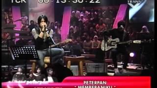 Peterpan-Membebaniku (LIVE)