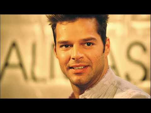 Ricky Martin  -  Juego de ajedrez