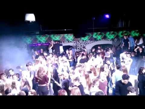David Guetta & Sia - Bang my Head (Tom Reevox Mashup) playing at Moon 13