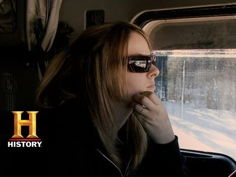 Ice Road Truckers: Lisa Almost Falls Through the Ice (S9, E4)   History