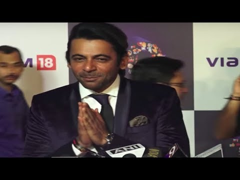 Sunil Grover WALKS away when asked about Kapil Sha