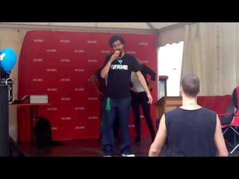 Rapper Momo - Im Gleichgewicht - Görlitz Marienplatz  ...