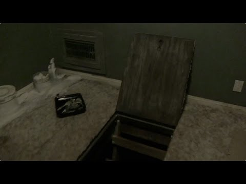 Paranormal Activity: The Marked Ones (Clip 'Going Down')