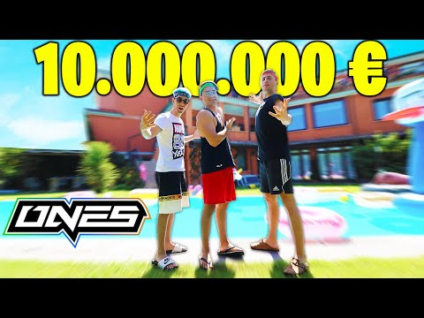 🏫TOUR DELLA ONES HOUSE! Villa da 10.000.000€ 💙🧡💚