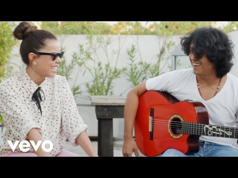 Beatriz Luengo - Chicas De Revista (Acoustic Version)