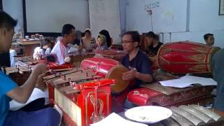 Sinom Logondang rog - rog asem (vokal Mas Pri), Sanggar Dwija Laras SMPN 6 Kota Kediri