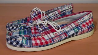 An in depth review on the Sperry Top-Sider A/O 2-Eye modelThis particular model is the Red/Navy Patchwork colorway A few websites to purchase this shoe for under retail :http://www.6pm.com/sperry-a-o-2-eye (Men+Women+Kids - Many colorways) - As low as 35$http://www.zappos.com/sperry-a-o-2-eye#!/sperry-a-o-2-eye-shoes/CK_XAeICAQE.zso?t=sperry+a+o+2+eye (Men+Women+Kids - Many colorways)http://www1.macys.com/shop/product/sperry-top-sider-authentic-original-a-o-boat-shoes?ID=710517&CategoryID=65#fn=sp%3D1%26spc%3D8%26kws%3Dsperry%20a/o%202-eye%26slotId%3D1 (Men - Many colorways)Thanks for watching, leave your comments, questions or suggestions in the comment section below. Enjoy!