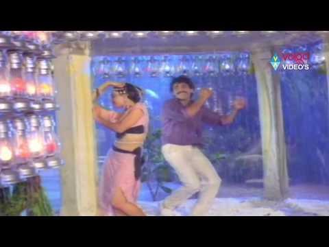 XxX Hot Indian SeX Kirai Dada Songs Kurise Meghalu Nagarjuna Akkineni Amala Akkineni.3gp mp4 Tamil Video