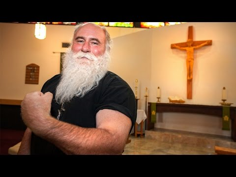Powerlifting Pastor Is World's Strongest Priest