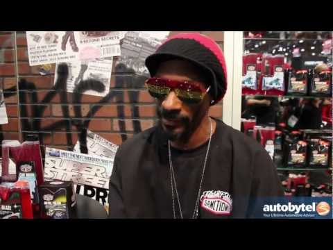 Snoop Dogg @ Sanctiond Car Care Booth SEMA with Mister Cartoon