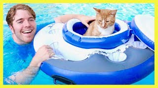 Video TRYING CRAZY POOL TOYS MP3, 3GP, MP4, WEBM, AVI, FLV Juli 2018