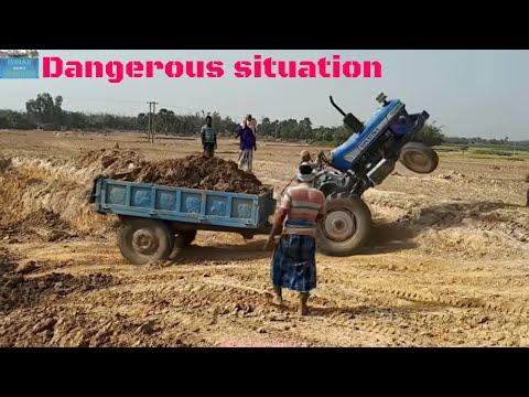 Load Tractors Swaraj vs Sonalika vs Powertrac Showing Their Engine Power.
