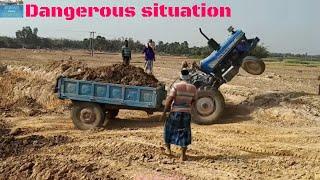 Video Load Tractors Swaraj vs Sonalika vs Powertrac Showing Their Engine Power. MP3, 3GP, MP4, WEBM, AVI, FLV Oktober 2018