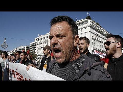 Αθήνα: Ογκώδες συλλαλητήριο ενάντια στα νέα μέτρα λιτότητας