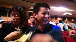 { QTBĐD Premiere 10/02/2015 } Hoài Lâm chụp hình cùng fans, hoai lam, ca si hoai lam, nhac hoai lam