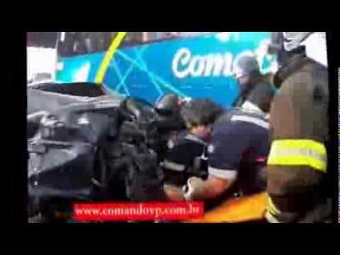 Motociclista fica com as vísceras para fora e morre em acidente