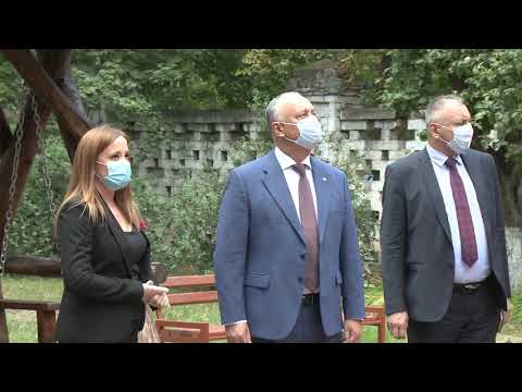 Глава государства посетил Историко-культурный ансамбль «Усадьба Манук-бея»