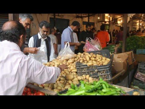 العرب اليوم - شاهد:الليبيون يقبلون على التسوق لشهر رمضان