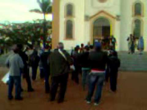 Final da alvorada em Abadia dos Dourados-MG 2012- Agosto