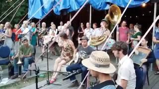 Tuba Skinny | And Shaye went Dancin' ;-)