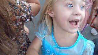 EVERLEIGH PULLS HER FRIENDS FIRST TOOTH OUT!!! (HILARIOUS)