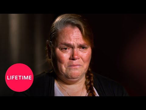 Escaping Polygamy: Forbidden from Seeing Her Own Daughter (Season 3 Flashback) | Lifetime