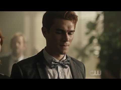 Riverdale Season 3 Episode 1   Archie Getting Arrested
