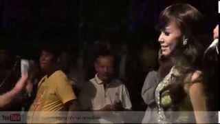 [ Dangdut Binuang 2012 - New Palapa ] 21. Alun Alun Nganjuk - Dwi Ratna ft Brodin