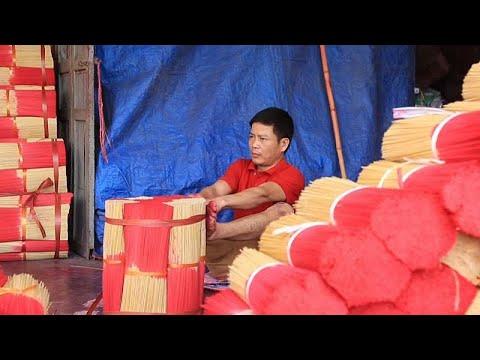 Vietnam: Mit Hand und Fuß - das Räucherstäbchen-Dorf