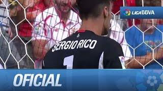 Paradón de Sergio Rico al despejar un disparo cruzado de Neymar, neymar, neymar Barcelona,  Barcelona, chung ket cup c1, Barcelona juventus