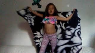 Download Lagu My niece dancing Mp3