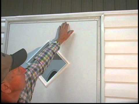 how to put up a door
