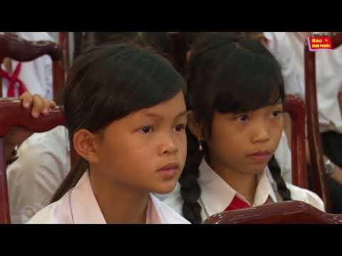 Lễ trao quà cho học sinh giỏi tỉnh  Bình Phước