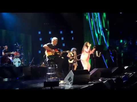 perform - Also feat. St. Vincent, Kim Gordon, and Joan Jett. Shot at Brooklyn's Barclays Center 4/10/14. Watch the night's other performances here: http://www.stereogu...