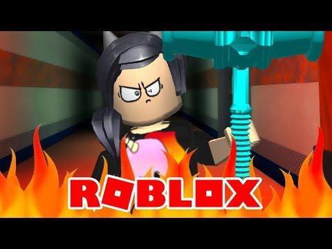A DINHA FICOU MUITO BRAVA! - Roblox (Flee The Facility)