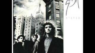 """Esta es una cancion que viene en el album """"Doble vida"""" de Soda Stereo... una de las mejores canciones que tienen"""
