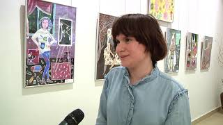 65 портретів матусь презентували діти