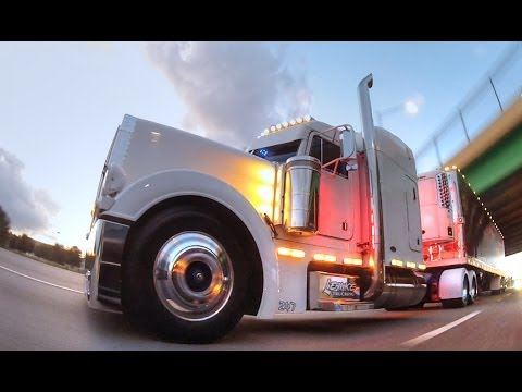 Rolling CB Interview™ - 2000 Peterbilt 379