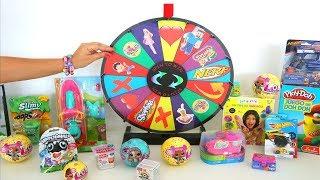 TotoyKids juega a La Ruleta de Sorpresas Niños contra Niñas!!! Quién crees que Ganará esta vez???