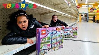 Video We Got The Last LEGO Toys! Toy Hunt At Toys R US - Pretend Play Toys AndMe MP3, 3GP, MP4, WEBM, AVI, FLV Juni 2018