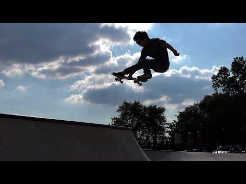 Eric Roennecke session at Riley skatepark