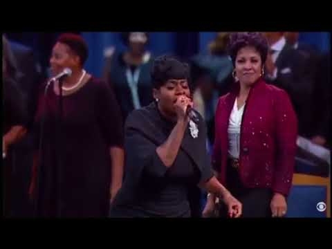 Video Fantasia Barrino Singing at Aretha Franklin's Funeral download in MP3, 3GP, MP4, WEBM, AVI, FLV January 2017
