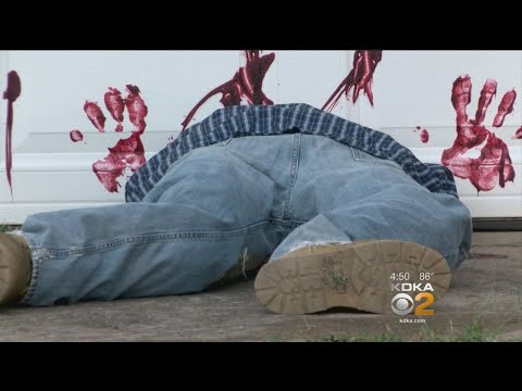 Police: 'Do Not Call 911' About Dead Body Halloween Decoration
