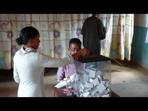 Madagaskar: Rajoelina gewinnt Präsidentenwahl - Str ...