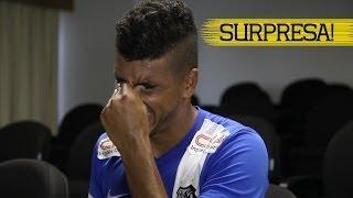 Emerson também se emocionou com um recado da sua mãe. Confira a emoção do lateral! ** Inscreva-se na Santos TV e fique...
