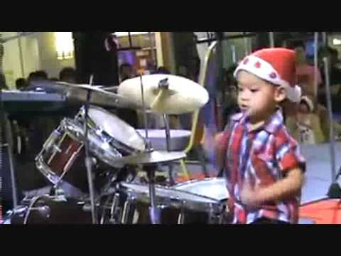 Kid Owns At The Drums.