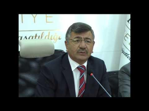 Belediye Başkanı Faruk Akdoğan'a Plaket