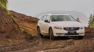 2018 Volvo V60 Features REVIEW