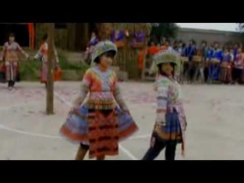 Miao/Hmong China Fashion Show (Lub Xeev Guizhou Province) H'Mong Trung Quốc